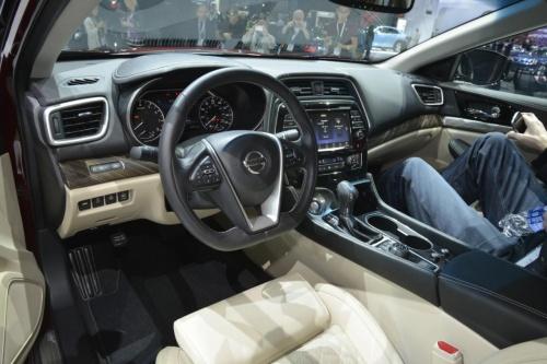 O Estilo Marcante Do Nissan Maxima 2016 ...