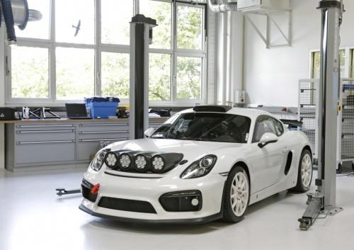 Porsche apresenta Cayman GT4 Clubsport